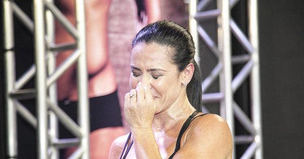 Falso repórter insinua que Scheila Carvalho flertou com fortão e ...