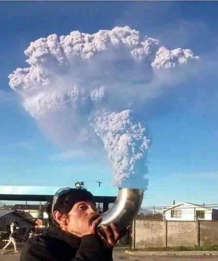 Chaminé ambulante. Aí tem fumaça pra vida inteira!