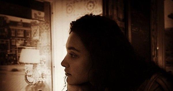 """Na Holanda, Débora Nascimento sente falta do marido: """"Saudade ..."""