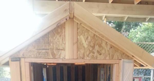 Bom coração! Garotinha constrói abrigos móveis para moradores de ...