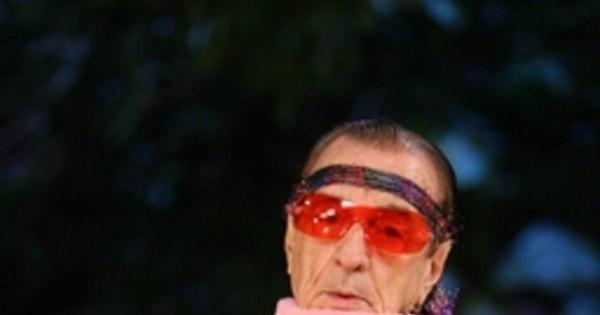 Aos 95 anos, humorista Orlando Drummond é internado no Rio de ...