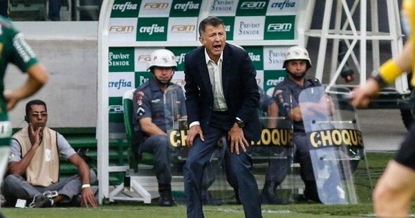 Osório pede explicações a jogadores do São Paulo após goleada ...