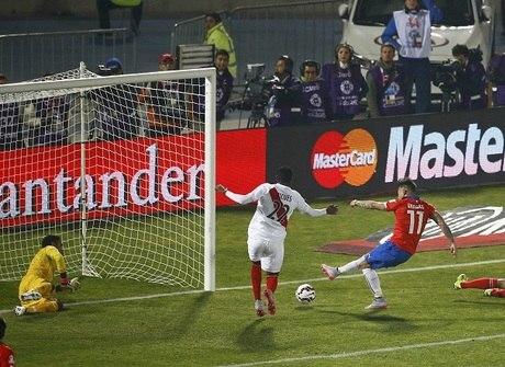 Chile vence o Peru e volta a decidir o título depois de 28 anos