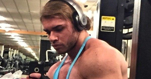 Thor Batista exibe músculos e assusta seguidores - Entretenimento ...