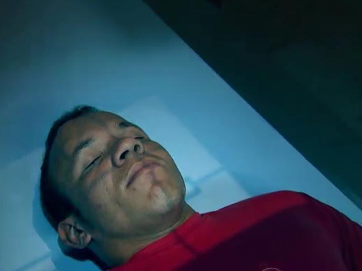 Isaías Alves Santos, de 25 anos, é personagem principal de um milagres daqueles que só se vê em filme. Ele levou vários tiros na cabeça durante um assalto, chegou a ser dado como morto, mas ressuscitou no necrotério, de acordo com a reportagem do Cidade Alerta. Relembre o caso que chocou médicos e entendidos do assunto. Assista ao vídeo + Quer ver tudo o que rolou noCidade Alerta? Veja a íntegra no R7 Play