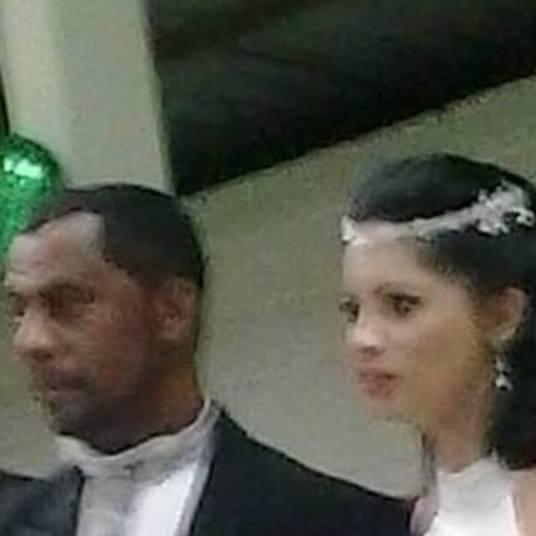 Juliana Pereira Feliciano Castro, de 33 anos, era casada com o sapateiro Jurandir da Silva, de 48. Os dois moravam com a filha do primeiro casamento de Juliana em um conjunto de prédios na zona norte de Franca