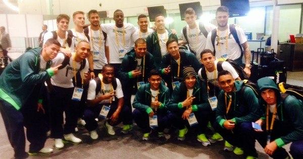 Seleção brasileira masculina de futebol estreia neste domingo ...