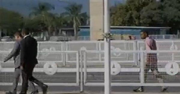 Homem é detido em Brasília após tentar invadir o Palácio do ...