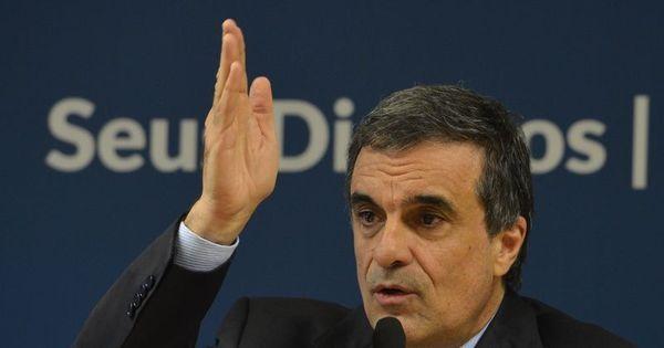 Delegados cobram do ministro da Justiça mais ações em defesa da ...