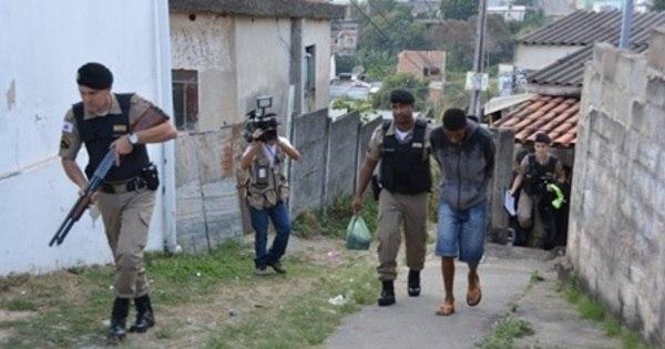 Operação desmonta quadrilha e prende 26 em Divinópolis ...