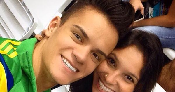 Fera brasileira da ginástica artística mostra lado romântico nas ...