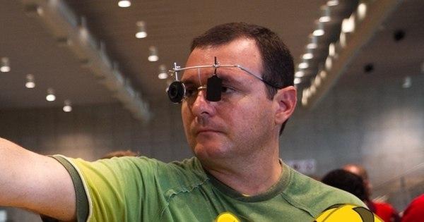 Tiro esportivo dá mais um ouro para o Brasil - Rede record - R7 Pan ...
