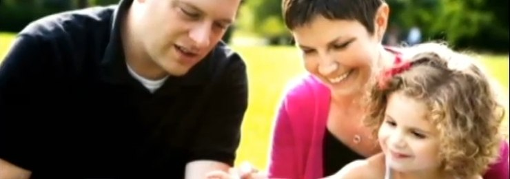 Mãe com câncer terminal escreve cartas para deixar para a filha