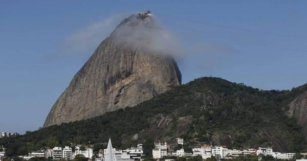 Bicampeão olímpico, Torben Grael lamenta poluição na Baía de ...