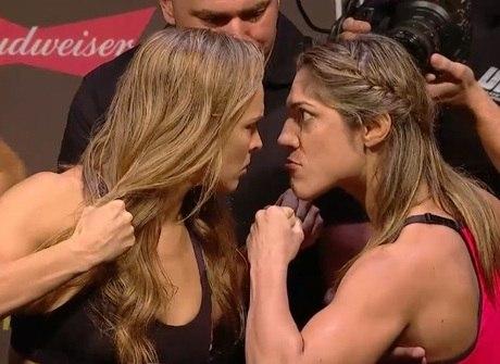 Ronda e Bethe fazem encarada furiosa na pesagem do UFC 190