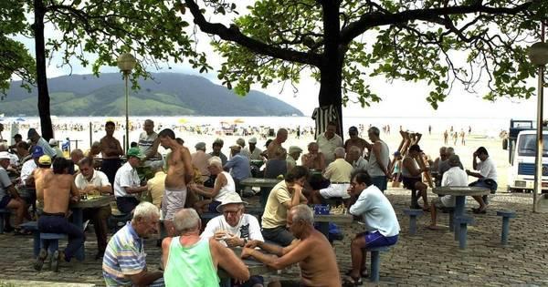Poupar R$ 200 por mês pode garantir aposentadoria de R$ 2.000 ...