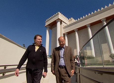 Silvio Santos e Edir Macedo têm reencontro após 17 anos. Assista