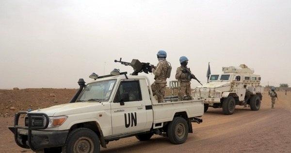 Invasão a hotel usado pela ONU no Mali deixa seis mortos e reféns ...