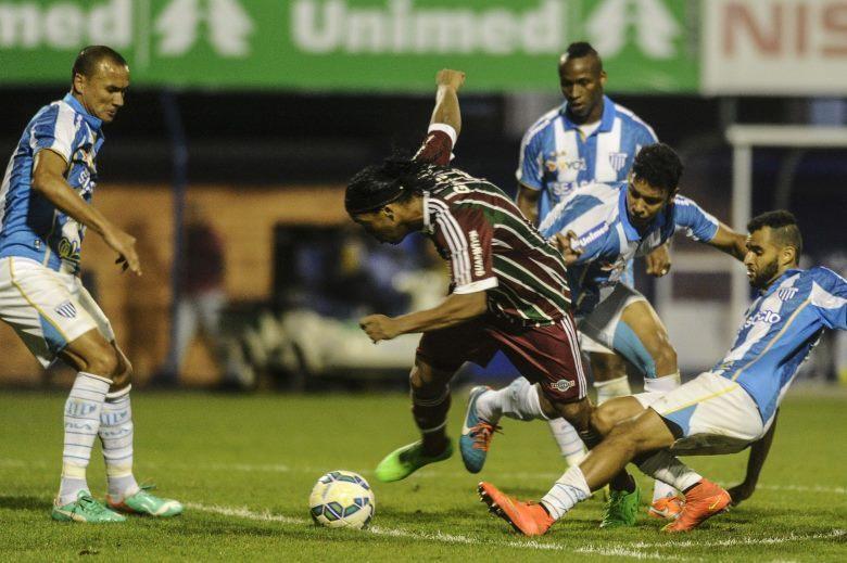 Incrível, não é mesmo? Vale lembrar que, com a camisa do Flu, Ronaldinho não marcou gols e nem deu assistências