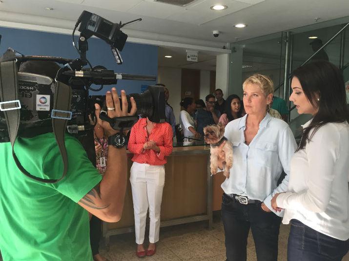 Entre as atrações, Xuxa vai receber famosos do porte desurfista Gabriel Medina, o craque Neymar e o ator americano Tom Cruise+ Quer ver a íntegra do Domingo Espetacular? Acesse o R7 Play