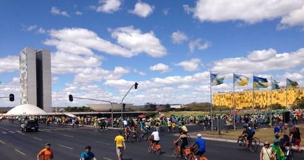 Manifestação é encerrada de forma pacífica em Brasília - Notícias ...