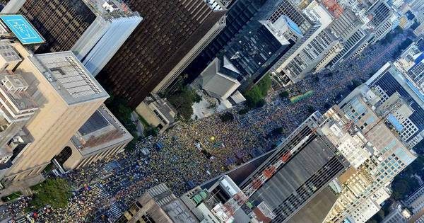 Protestos reúnem 600 mil em todas as capitais do País - Notícias ...