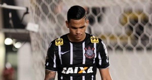 Corinthians confirma lesão no joelho de Luciano e atacante só volta ...