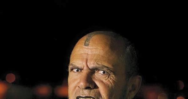 """""""Vampiro"""" mineiro lucra até R$ 3.000 como """"personal assombração ..."""