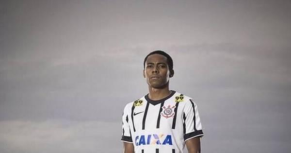 Corinthians usará meião vermelho e branco contra o Cruzeiro por ...