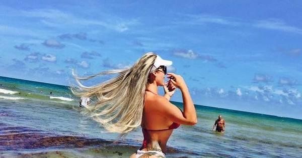 Ex-peoa Denise Rocha esbanja boa forma em Miami ...
