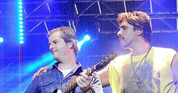 Victor e Leo cantam para mais de 10 mil pessoas em Vaquejada de ...