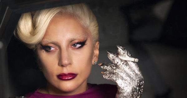 Lady Gaga, Naomi Campbell, Matt Bomer e mais famosos ...
