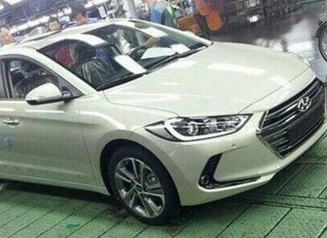 Novo Hyundai Elantra é flagrado antes da estreia. Veja os detalhes