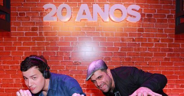 Após levar chifrada em Barretos, Rafael Cortez ataca de DJ em festa