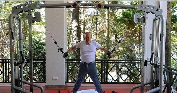 Vladimir Putin faz um intenso treino de academia ao lado do ...