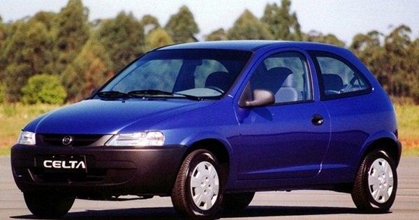 Adeus: Chevrolet Celta sai de linha após 15 anos. Relembre a ...