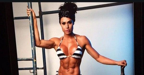 7 fotos que provam que Gracyanne Barbosa adora exibir seu ...