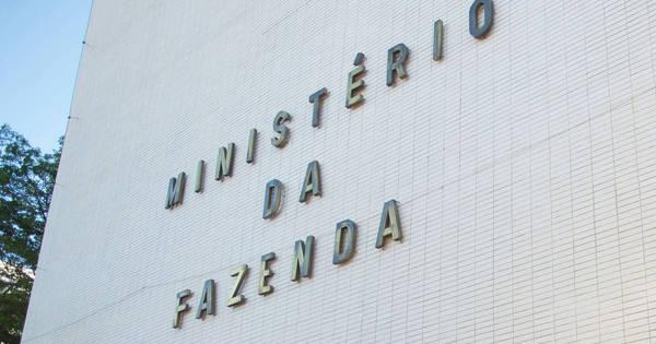 Fazenda avalia que possibilidade de rebaixamento do Brasil reflete ...