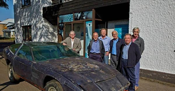 Aston Martin esquecido em galpão por 40 anos e que pode valer R ...