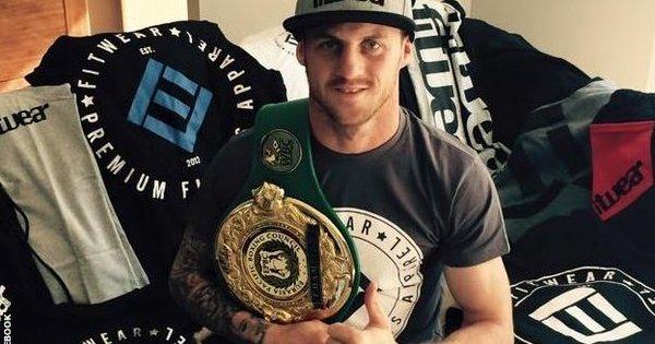 Boxeador australiano morre depois de ser nocauteado e ficar quatro ...