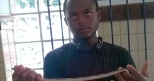 Sem arma, jovem utiliza cobra para realizar assaltos na Bahia ...