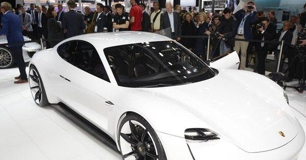 Porsche revela o Mission E Concept, cupê elétrico de 608 cv que ...