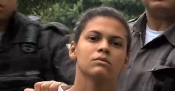 """""""Esquartejadora da baixada"""" é presa aos 20 anos após ostentar nas ..."""