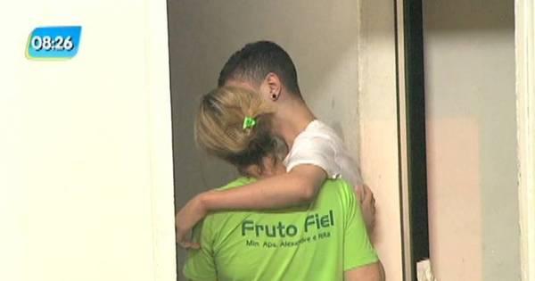 Adolescente mata pai policial na frente da família - Notícias - R7 Rio ...