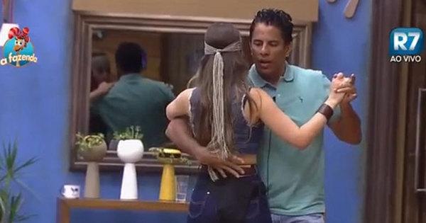 Se cuida, Douglas! Luka dança coladinho com Rayanne. Espie ...