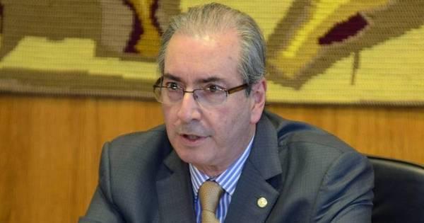Cunha volta a negar renúncia e faz críticas a FHC - Notícias - R7 ...