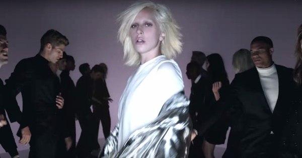 Lady Gaga lança clipe para grife de Tom Ford e arrasa na passarela ...