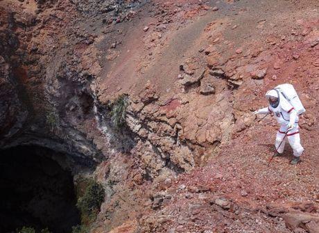 """Conheça cientistas que já """"vivem"""" em Marte desde o ano passado"""