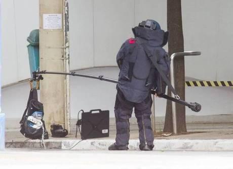 Mala com botijão de gás é encontrada na região da Paulista