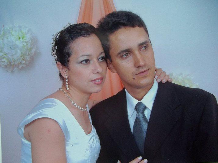 Tatiane de Oliveira Cortes, de 29 anos, e Antonio Moacir dos Santos eram casados havia 15 anos e têm um filho. Antonio e Juliano Rodrigues Tavares, de 26, são melhores amigos